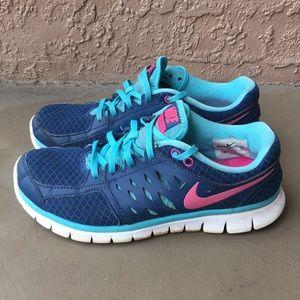 Women Nike Flex 2013 Run running shoes size 9